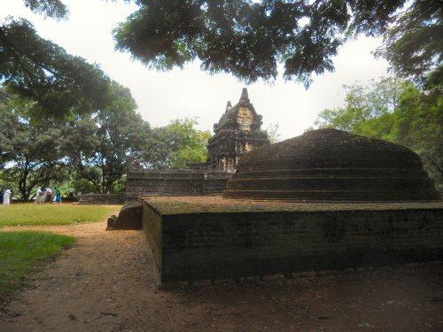 Nalanda Gedige, Sri Lanka
